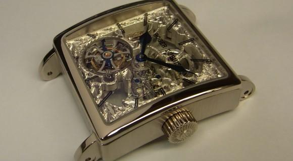 ロジェ・デュブイ トゥールビョン 時計 修理 (腕時計 修理)分解掃除(OH) 風景
